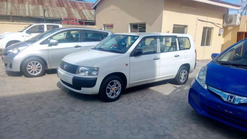 Very clean toyota probox with alloy rims 0