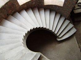 Виготовляємо бетонні сходи різного типу.