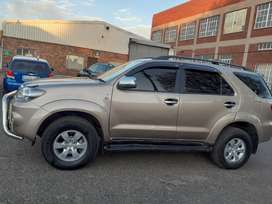 2008 Toyota Fortuner 3.0 D4D  leather interior