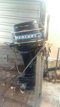 Image of Mercury 20 hp outboard long shaft motor