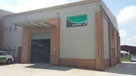 550 SQM INDUSTRIAL WAREHOUSE IN STORMILL FOR RENT