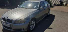 Very clean BMW 320i manual 6 speed