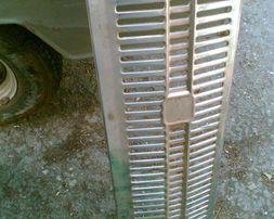 продам облицовку радиатора для Москвич 408-412 под круглые фары в Одес