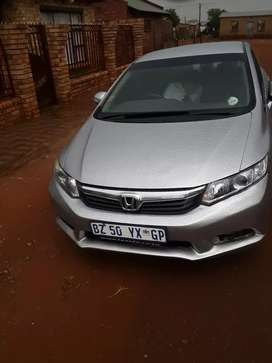 I m selling Honda civic 2014. Good conditions. Daily runner.