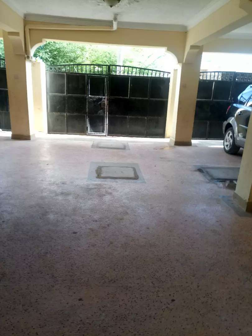 Executive one bedroom house to let bamburi vescon 1 0
