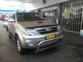 TOYOTA FORTUNER 3.0D4D MANUAL