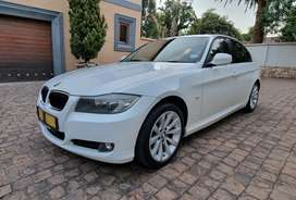 2012 BMW 320D auto with sunroof for sale