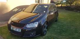 Very good condition golf5 with 2year motor plan