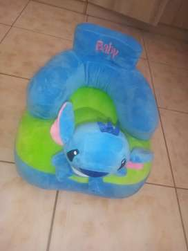 Second Hand Baby Seat. Comfortable and user friendly for babies