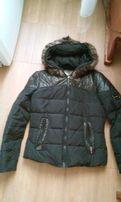 Стильный пуховик, куртка с капюшоном из меха, р. М