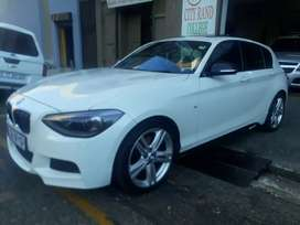 BMW F 125i R240.000 negotiate
