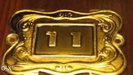 Табличка номера квартиры «11»