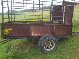 Drie plaas trailers for sale