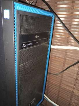 Desktop computer(1 IN STOCK)