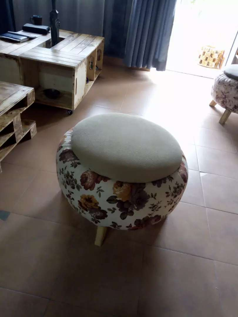 Durable Tyre stools 0