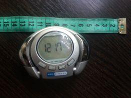 Часы, цифровой шагомер