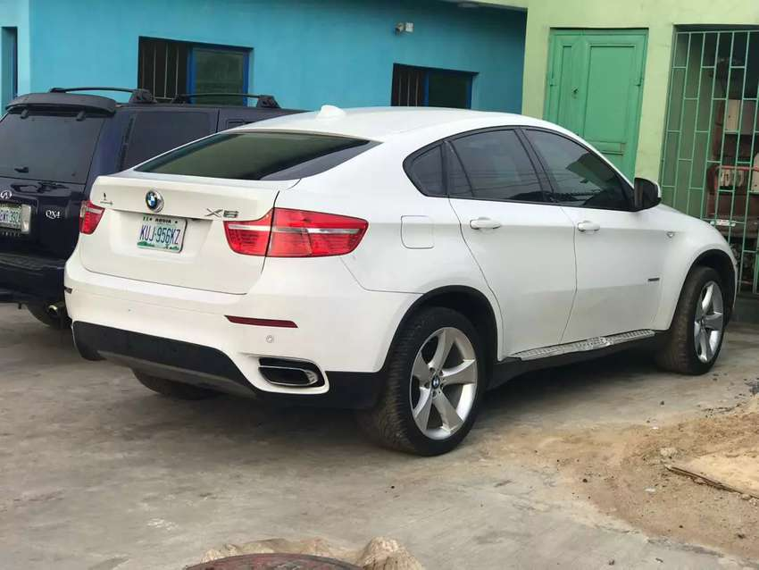 BMW X6 neatly used 0