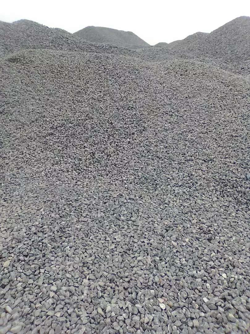 Quality chippings and sand supply 0
