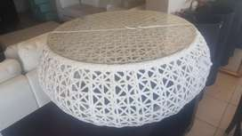 White stylish coffee table incl glass