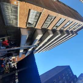 2 bedroom flat available in Hillbrow Highpoint