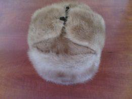Продам недорого норковую шапку-ушанку
