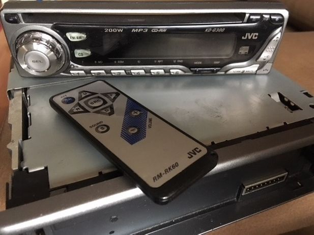 магнитола автомобильная jvc kd-g300 обмен