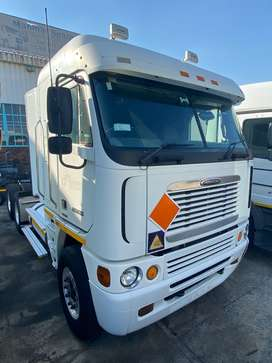 Take Action Now And Save Big, Get This Freightliner Argosy Cisx 500