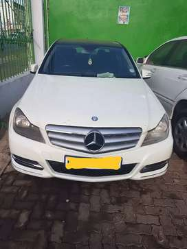Mercedes Benz W204 Face lift 271 Engine