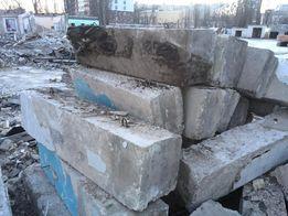 Блоки фундаментные б/у и н, плиты перекрытия, дорожные плиты, кирпич