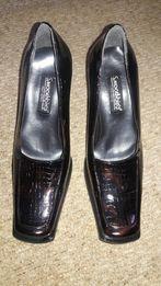 Туфли кожанные 39 р