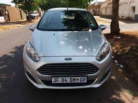 2016 Ford Fiesta 1.0 Ecoboot FSH Service Book