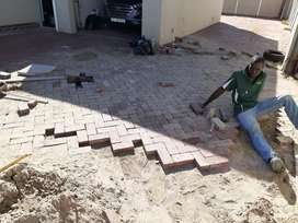 WE DO PAVING AND GARDEN STONES INSTALL