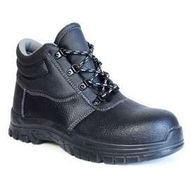 SAFETY BOOT FOR SALE