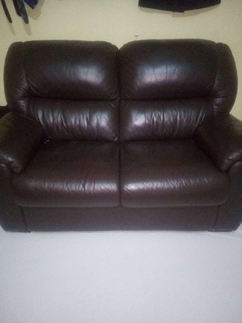 Two-Seater UK imported leather seat 0