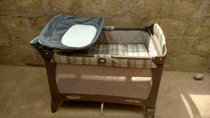 Graco pack n' play Baby's Cot from US 0