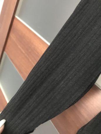 Długa czarna wiązana w pasie prążkowana sukienka Bershka Sukienka maxi Stary Kisielin - image 5