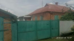 Продам1/2 дома в с.Песчанка , рядом с гаражами и 3-м микрораеном