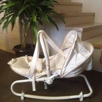 Кресло-качалка с музыкой и вибрацией. Montecar.