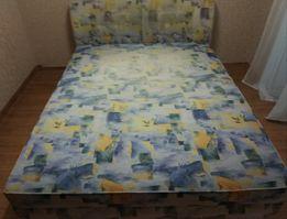 Продам двуспальную кровать.