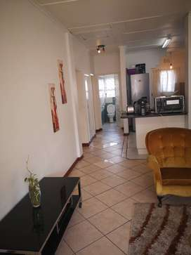 A BIG ROOM AVAILABLE FOR RENTAL IMMEDIATELY - GOODWOOD