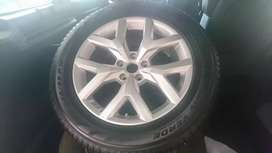 Bmw X5 Mag wheel and tyre 255/55/19 pirelli