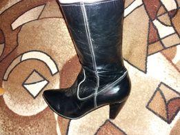 ПРОДАМ новые ботинки 38 размер