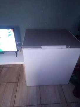 Kic deep freezer for sell