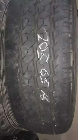 205/65R16c tyres 98% for sale