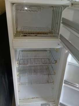 Bed & fridge