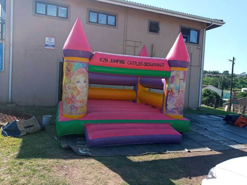 Jumping castles for hire Phoenix  and surround areas 0