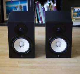 "Yamaha HS80M 8"" 120w studio monitors (pair) in pristine condition.."
