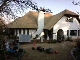 Thatching roofs