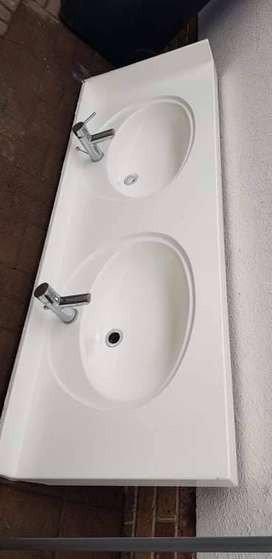 Double Porcelain bathroom basins with taps