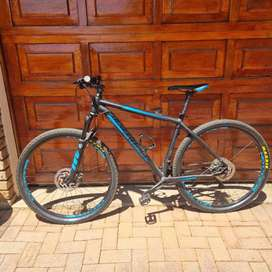 Silverback 29er (XL frame) and Thule 2 bike rack for sale, 3 years old